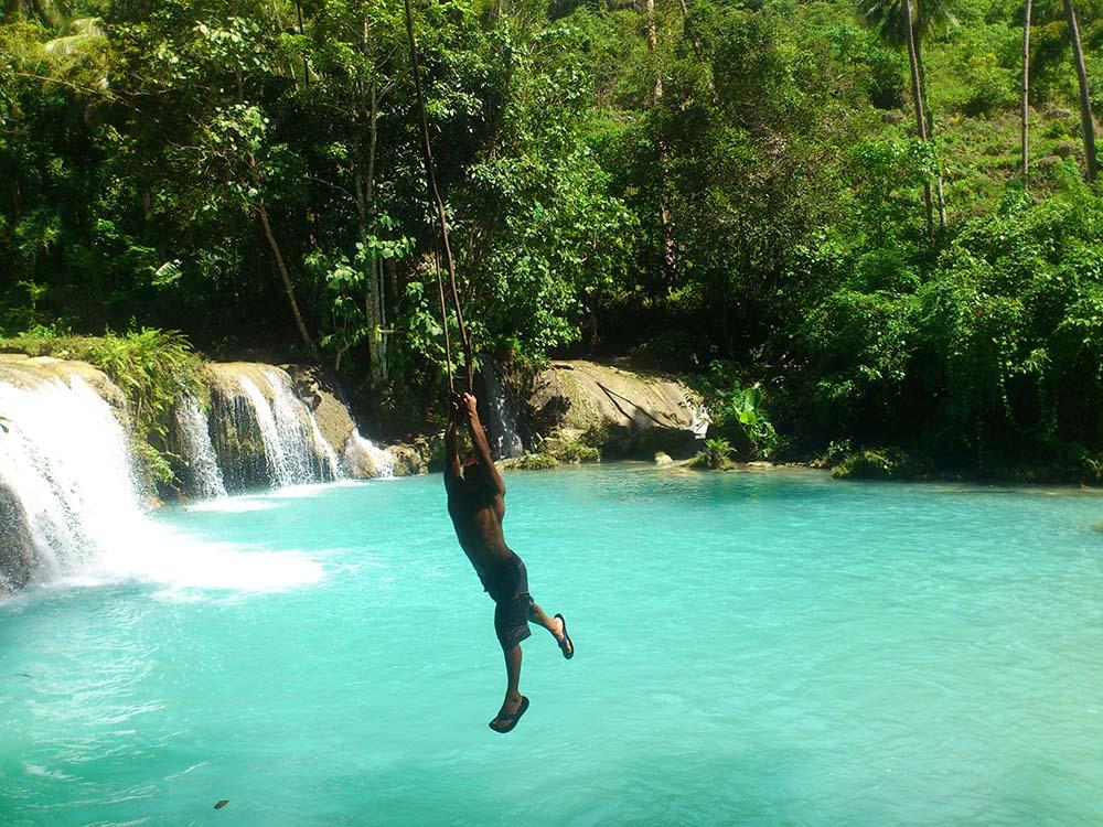 爱游推荐行程:锡基霍尔岛一日游 锡基霍尔岛:锡基霍尔岛是菲律宾第